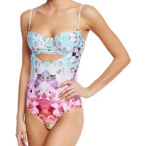 """NWT 6 Shore Road 'Soundwave"""" floral swim suit"""